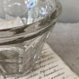 OV20110751 Antiek Frans mond geblazen confiturepotje in perfecte staat! Afmeting:  9 cm. hoog / 11,5 cm. doorsnede