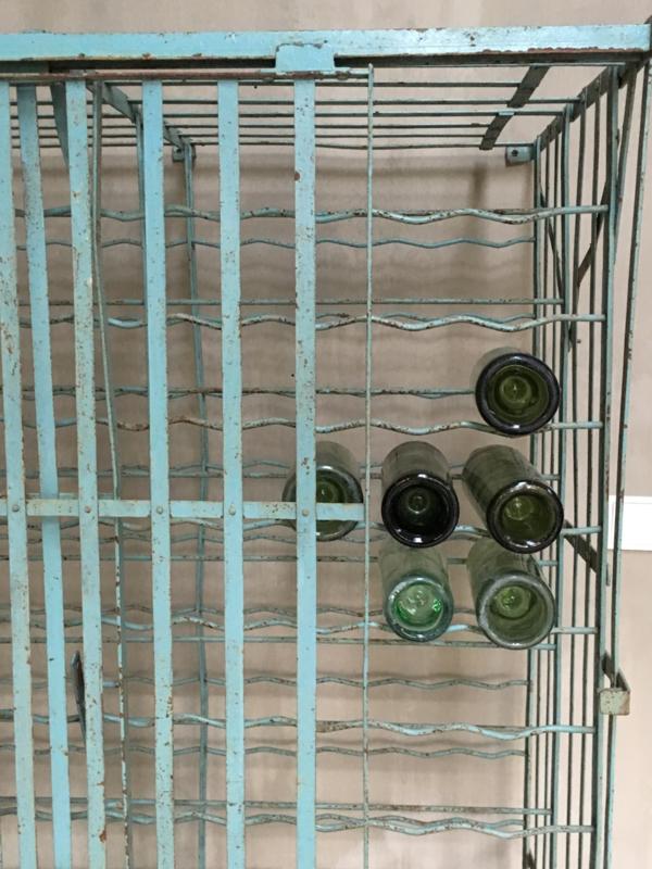 Wonderbaarlijk OV20110423 Uniek oud Frans ijzeren wijnrek met deur op wielen in YM-57