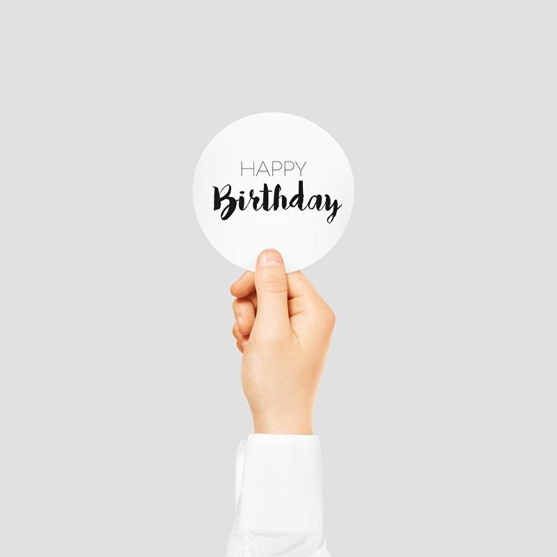 Sluit stickers / etiketten Happy Birthday (12 stuks)