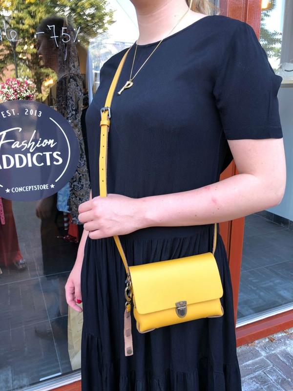 ELVY BAGS yellow bag