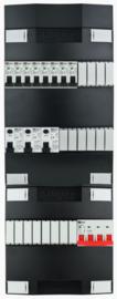 3-fase Schneider groepenkast met 8 installatieautomaten en met 18 modules vrij voor extra opties (volgens nieuwe NEN1010 norm)