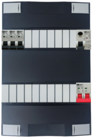 1-fase Schneider groepenkast met 3 Emat installatieautomaten met 17 modules vrij voor extra opties