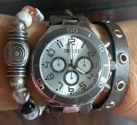 Brown watch set