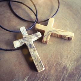 Ketting kruis olijfhout