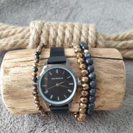 Zwart kleurig metalen quartz horloge met bijpassende set armbanden