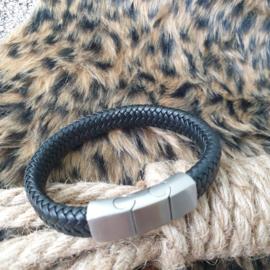 Zwart gevlochten heren armband