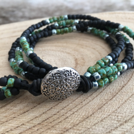 Black Picasso mixed beads
