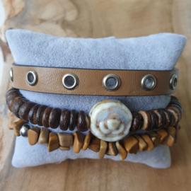 Stoere bruine armbanden set