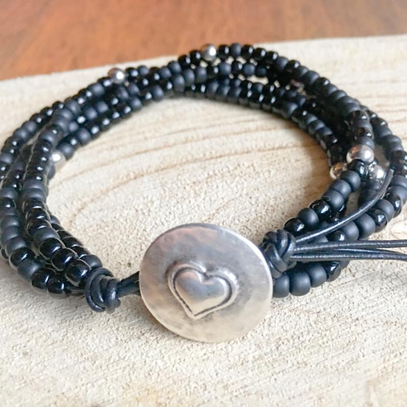 Black mix beads bracelet