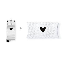Sokken in geschenkverpakking | Striped heart white | Maat 37-41