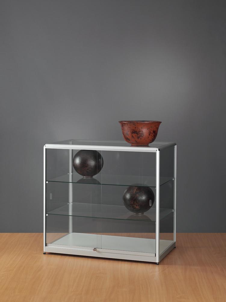 toonbank-glas-1000-600-920-tech-voorzijde-schuifdeuren-822-2-legborden.jpg