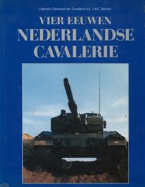 Vier eeuwen Nederlandse Cavalerie (deel 1 en 2)