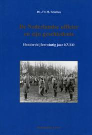 De Nederlandse officier en zijn geschiedenis - 125 jaar KVEO (2e-hands)