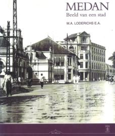 Medan - Beeld van een stad (2e-hands)