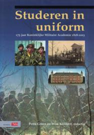Studeren in uniform (2e-hands)