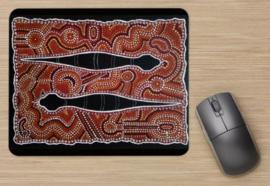 Snakes - aboriginal design van Karuna Vasantha