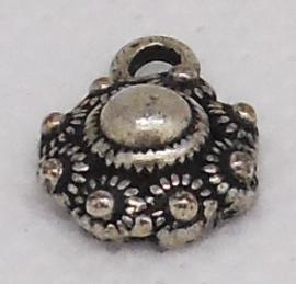 ZB 002 Fijn Zeeuws knoopje, 1 cm doorsnede