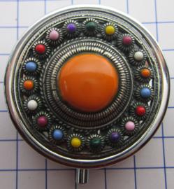 ZKG437-MC2 pillendoosje zeeuwse knop zwaar verzilverd met oranje en kleur emaille