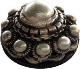Magneet Zeeuwse knop bol, zwaar verzilverd designerskwaliteit