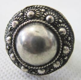 ZKR328 Zeeuwse knop ring zwaar verzilverd met grote bol midden