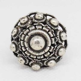 ZKR 306  grote bolle Zeeuwse knoop ring zwaar verzilverd, een maat, buigzaam