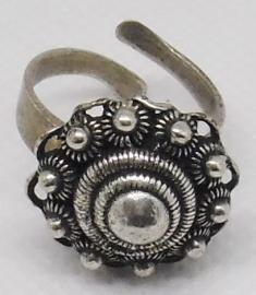 Zeeuwse knop ring fijn met oogjesrand ZKR 304