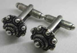 Zeeuwse knop kleine bolle manchetknopen ZKG 425 per paar