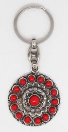 ZKG 401-R Zeeuwse knop verzilverd met rode emaille, sleutelhanger