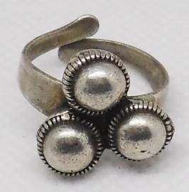 Zeeuwse knop ring 3 bolletjes ZKR 323