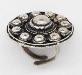 ZKR 324 Elegante platte Zeeuwse knoop ring, een maat, verstelbaar