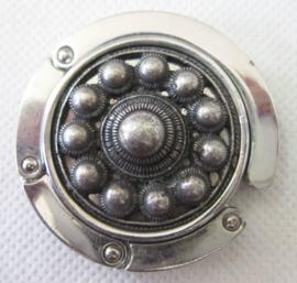 ZKG421 tassenhanger zeeuwse knop verzilverd
