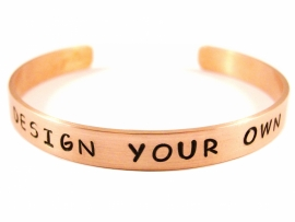 Jouw tekst in een armband - Design Your Own Rosé Gold - zwarte tekst