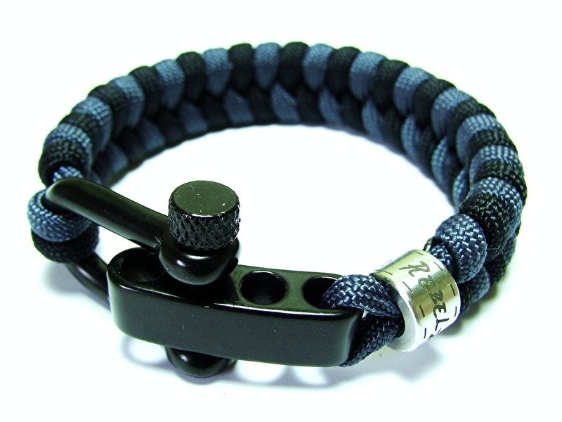 "Double Colored Fishtale - ""Design Your Own"" - Paracord Armband"