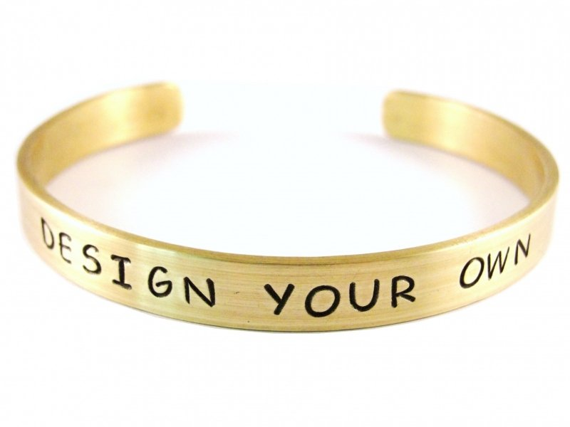 Jouw tekst in een armband - Design Your Own Gold - zwarte tekst