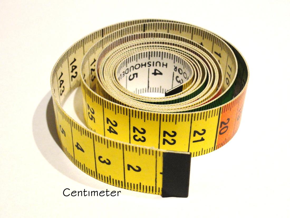 Gebruik een centimeter voor het bepalen van je polsmaat.
