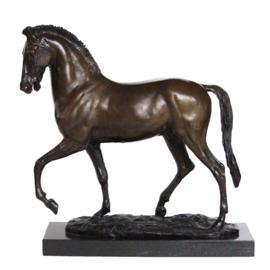 Groot paard door Pierre-Jules Mêne