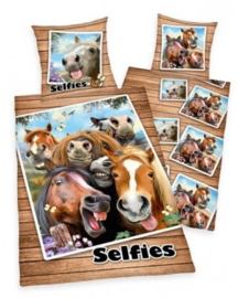 Dekbedovertrek Paarden Selfie (omkeerbaar)