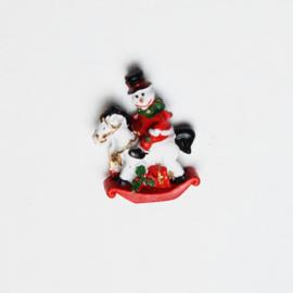 Hobbelpaard Sneeuwpop