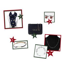 """Blog 5: """"5 op paarden geïnspireerde items die je kerstoutfit compleet maken"""""""
