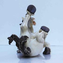 Komisch paardenbeeld rollend