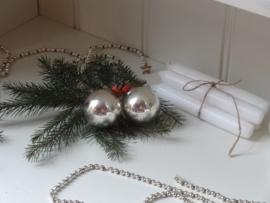 Twee kerstballen