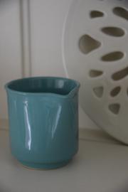 Groen blauw kannetje
