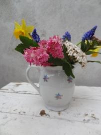 Prachtig bloemenkannetje