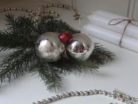 Set van twee kerstballen