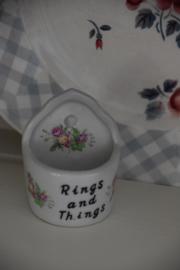 Rings and Things bakje