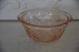 Roze glazen bakje