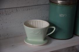 Mintgroene brocante koffiefilterhouder