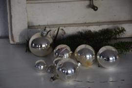 Set oude kerstballen!