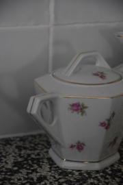 Brocante melkkan en suikerpot set