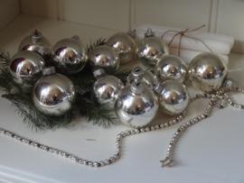 Veel kerstballen!